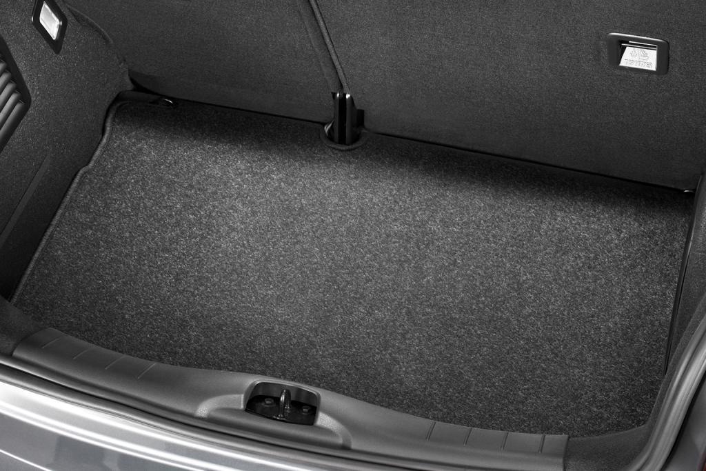 C3 - LUGGAGE COMPARTMENT MAT needlepile carpet