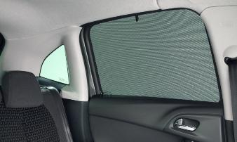 C3 - SET OF 2 SUN BLINDS for rear windows
