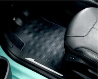 C3 - SET OF RUBBER FLOOR MATS frt and rr