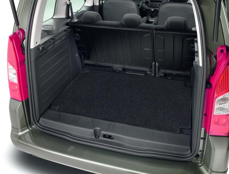 LUGGAGE COMPARTMENT MAT needlepile carpet