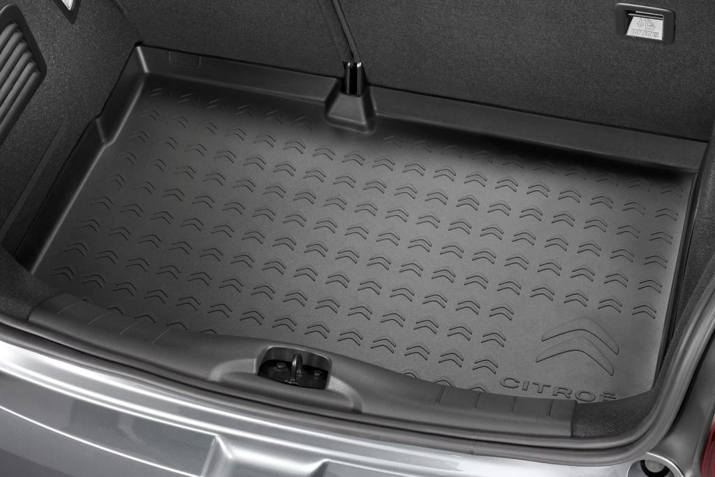 LUGGAGE COMPARTMENT TRAY thermoshaped