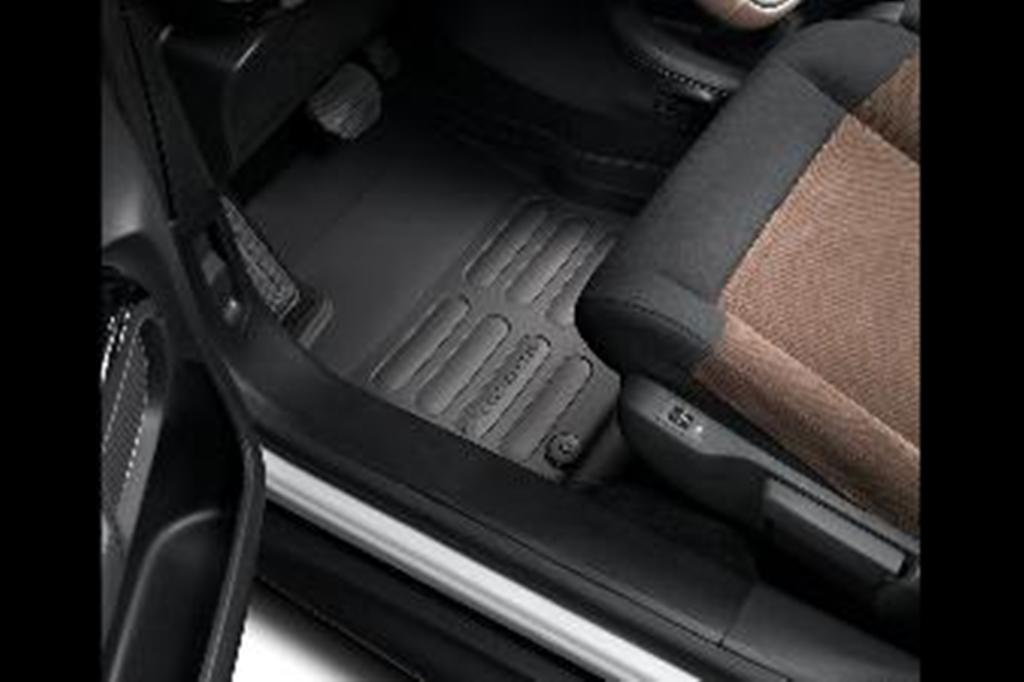 SET OF SHAPED RUBBER FLOOR MATS. frt and rr